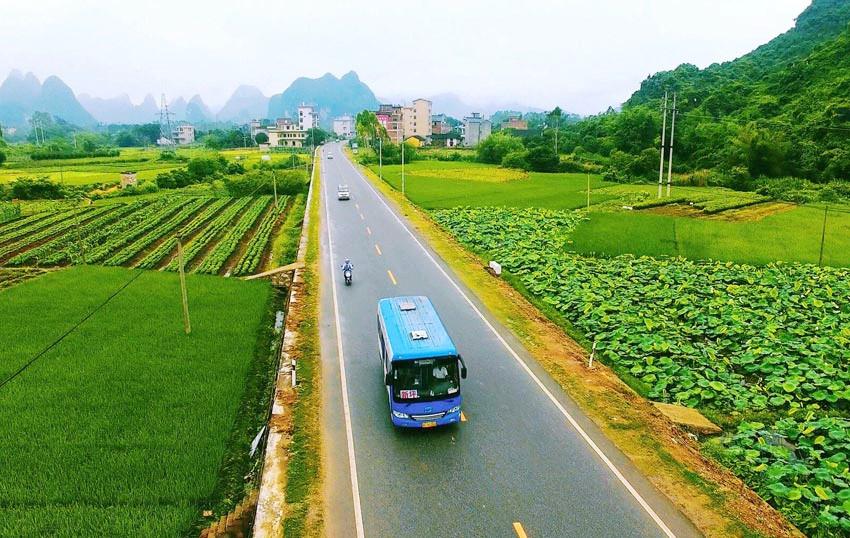 """广西力推""""四好农村路""""建设 农村公路里程达98300公里"""