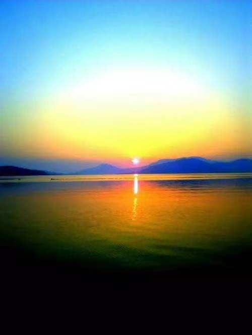 <b>日出还是日落</b>