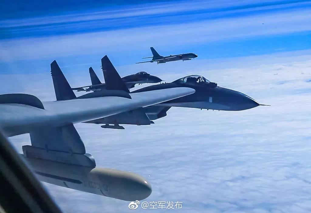 鹰击长空!中国空军
